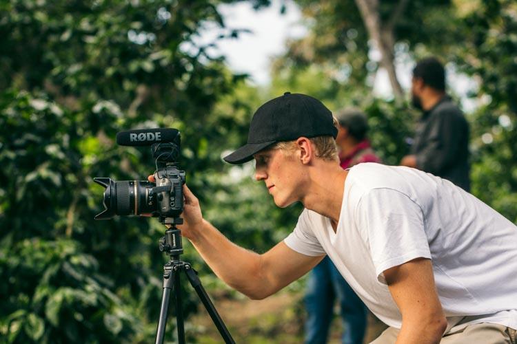 Alexander Kinnunen, El Salvador